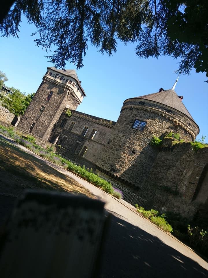 Schloss Andernach mit Garten