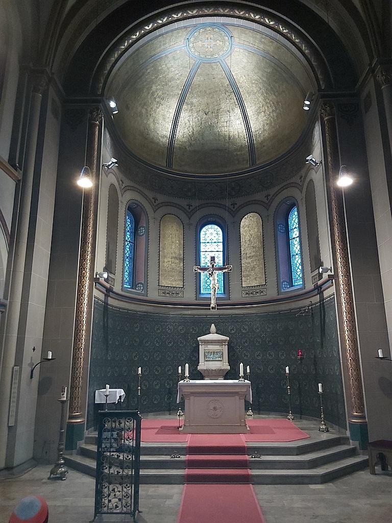 Innenraum der Kapelle im byzantinischen Stil
